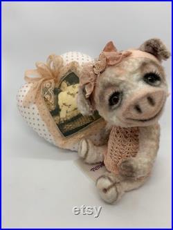 Artistbear pig Milou