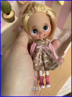 Custom lps Blythe doll. Ooak. Teeth doll.