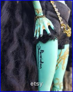 Medusa repainted Honey Swamp doll
