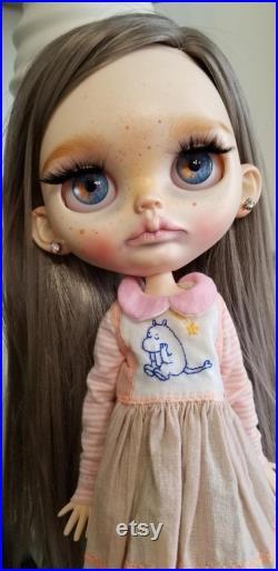 OOAK Custom Blythe artist doll beautiful blue eyes ears freckles By una fon di
