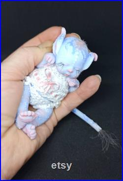 baby mini silicone platinum with hair graft, reborn miniature baby girl full body 4,5 inch dressed in crochet clothes