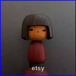 kokeshi japanese doll vintage by master Yamanaka Sanpei 26 cms 10.2 inches free fast and tracked shipping